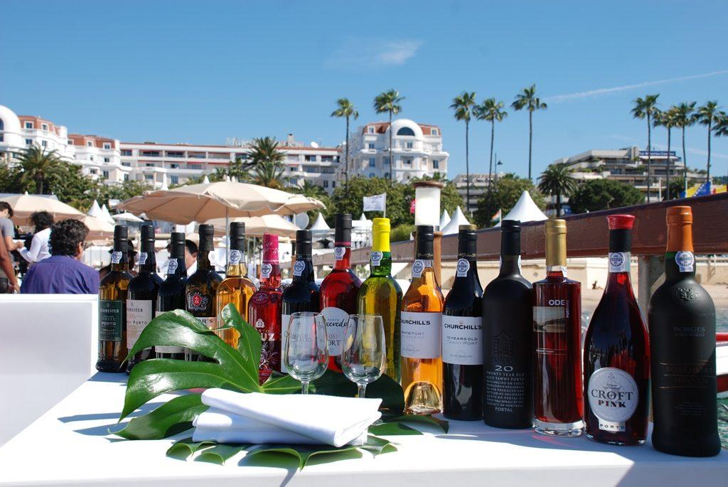 Corner de IDVP (Institut des Vins de Porto) sur la Plage du Majestic, Festival de Cannes